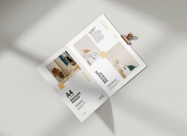 商业宣传册A4杂志展示样机(PSD)